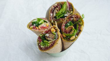 meal prep monday recept voor lunch op werk: carpaccio wraps met pesto